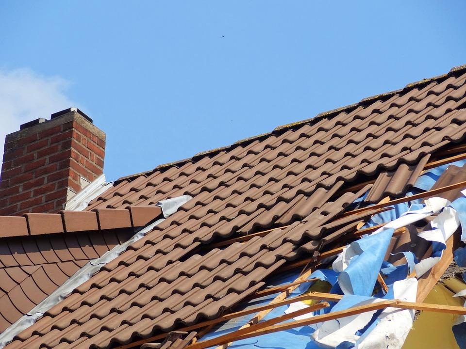 Hoe kan ik het beste mijn dak vervangen?