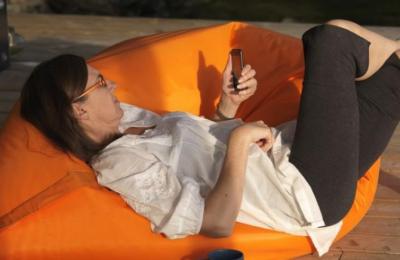 Relax op een comfortabele zitzak.