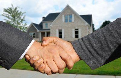Doe je een beroep op een aankoopmakelaar of niet?